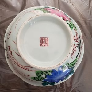 Antique Chinese Qing Dynasty Famille Rose Bowl